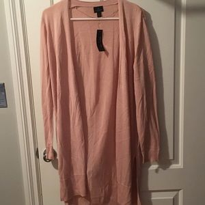Lightweight pale pink duster